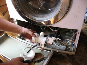 Почему гудит насос в стиральной машине?