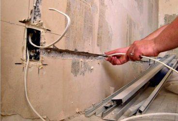 Как правильно поменять проводку в квартире?