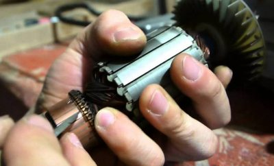 Почему искрят щетки в электропиле?