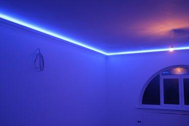 Как выбрать светодиодную ленту для освещения комнаты?