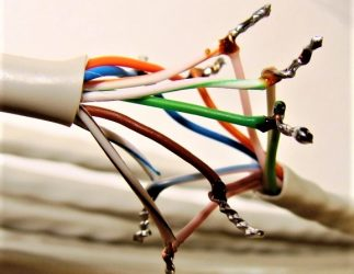 Можно ли спаять интернет кабель?