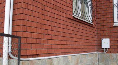 Прокладка кабеля по фасаду здания ПУЭ