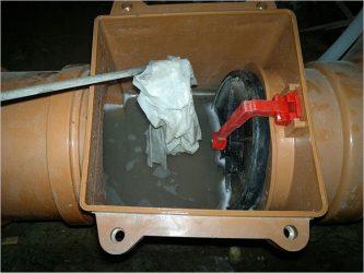 Принцип работы обратного клапана канализации